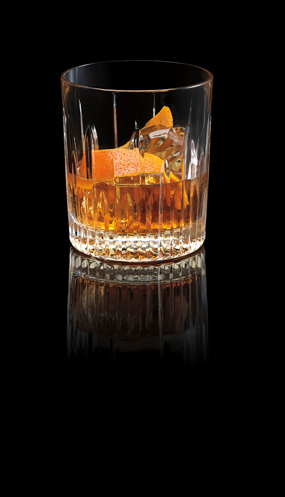 BACARDÍ OCHO Old Fashioned Image