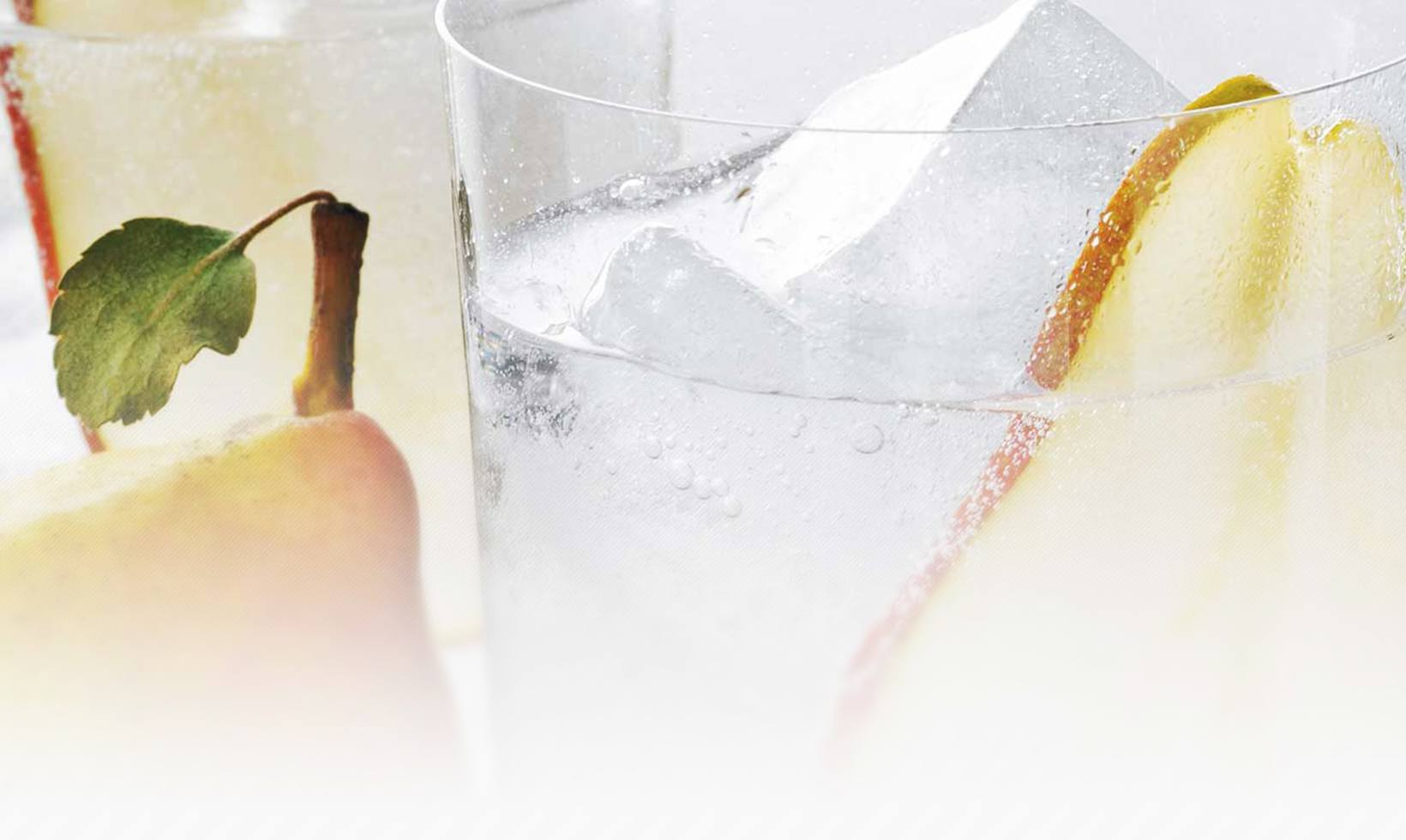 GREY GOOSE LA POIRE AND SPARKLING WATER