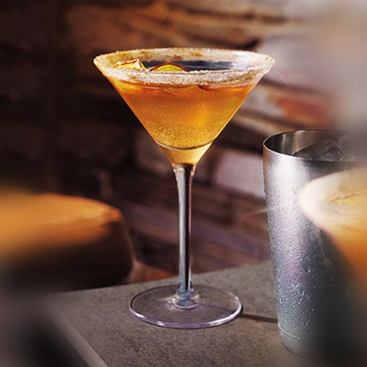 GREY GOOSE La Poire Spiced Apple Martini Cocktail